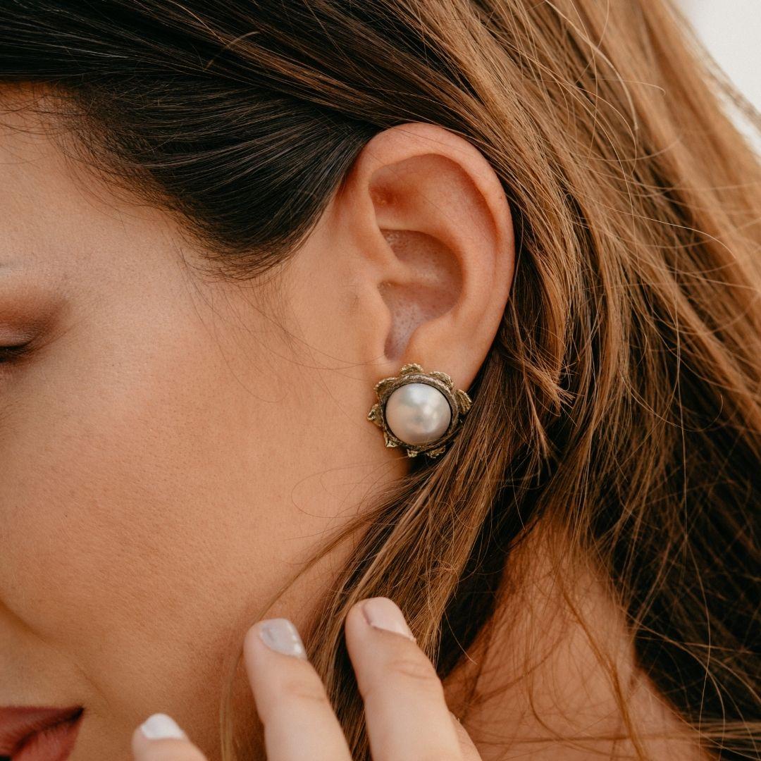 stay strong pendiente perla japonesa